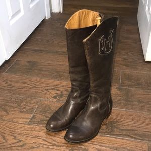 Hunter crested dark brown leather riding boots
